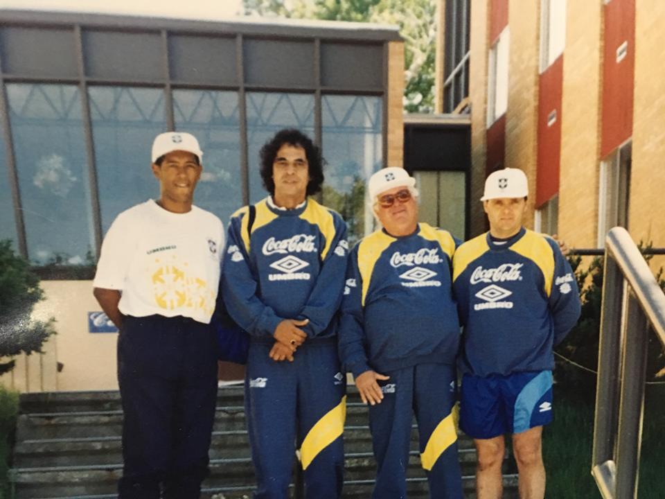 Amigos do futebol, grande confraternização, 42 anos depois, em ...