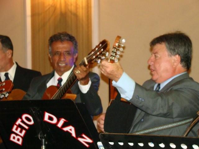 """Jornal Vida Brasil Texas Rulfo-cantando-22 Rafael Arreguim, """"Rufo"""" Magistral Embaixador da mais profunda raíz cultural Tapatía. News"""
