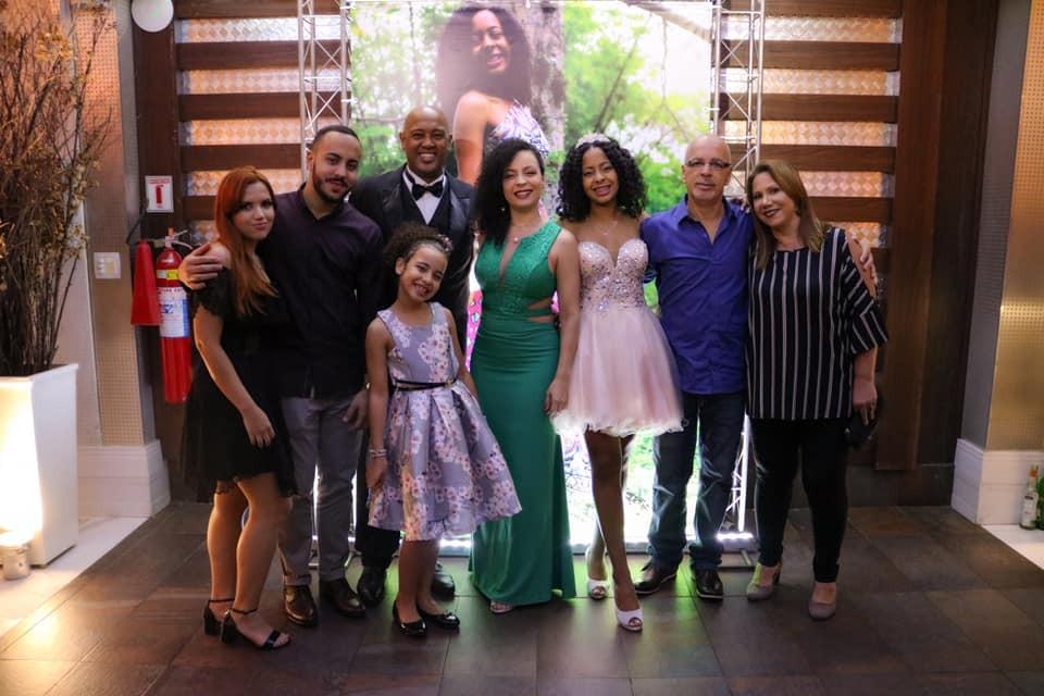 Jornal Vida Brasil Texas gabriela-12-avos A festa de 15 anos de Gabriela Lima. Foi  inesquecível. Destaques Social & Eventos