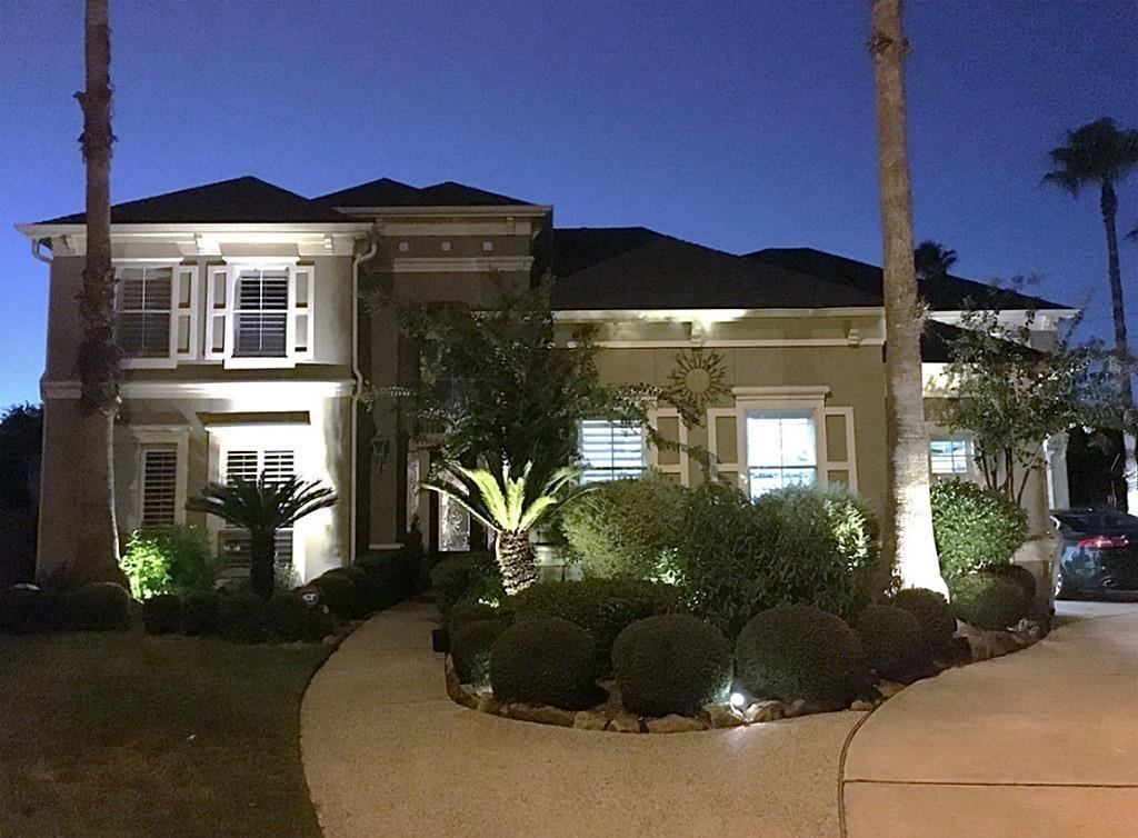 Jornal Vida Brasil Texas Casa-Amando VIP - Amando Queiroga Real Estate Agent-Realm  Professionals Destaques Social & Eventos