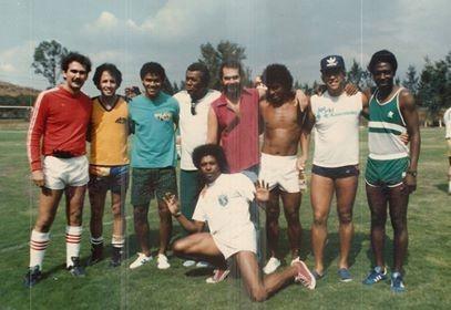 Jornal Vida Brasil Texas Mundial-1986-Bidon Antônio Carlos Bidon, uma bela história de vida,  excelente Jogador de futebol, homem de negócios e muitas celebrações. Amigo da melhor qualidade Arte & Cultura Destaques