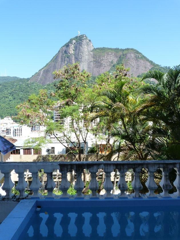 Jornal Vida Brasil Texas ca-11 Business - Casa triplex no Humaitá  á venda, está a cinco minutos a pé, da Lagoa Rodrigo de Freitas na zona sul do Rio De Janeiro Destaques News