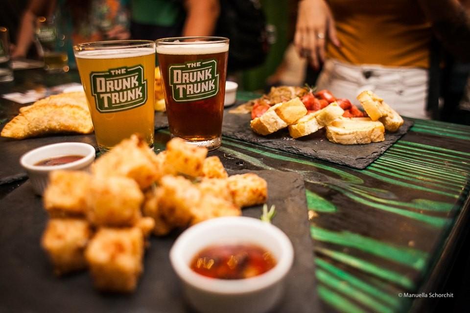 Jornal Vida Brasil Texas Cpos-Homero Business of the month - The Drunk Trunk -  No centro do Rio de Janeiro Destaques News