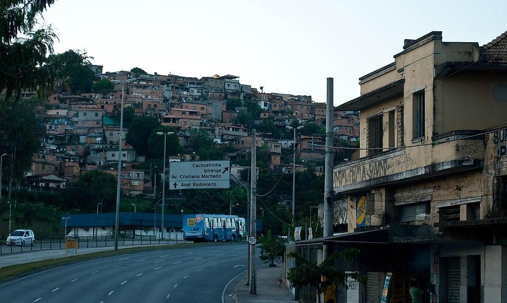 Jornal Vida Brasil Texas Favela-em-Belooo Crônica - Coisas horríveis aconteceram na nossa chegada em BH. Vejam o relato abaixo e muito cuidado com malas nos aeroportos. A noite que entrei para o mundo do crime. (O caso da mala). Destaques News