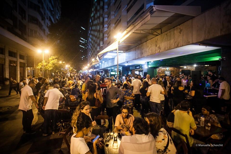Jornal Vida Brasil Texas Homero-na-rua Business of the month - The Drunk Trunk -  No centro do Rio de Janeiro Destaques News