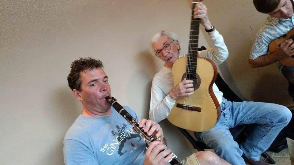 Jornal Vida Brasil Texas SISI VIP - Marcelo Meira, genial clarinetista brasileiro residente nos Estados Unidos, volta a Limeira, SP, para um novo e inesquecível concerto após 10 anos. Destaques Social & Eventos