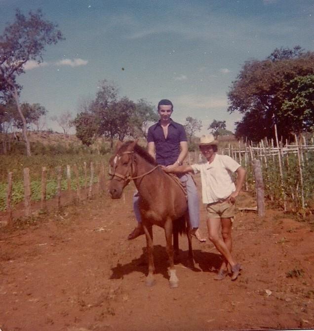 Jornal Vida Brasil Texas ARRIMO-FAMILIA Crônica - Excesso de Contingente Arte & Cultura Destaques