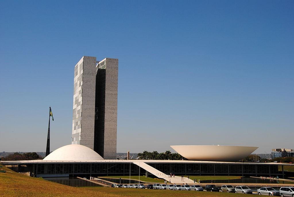 Jornal Vida Brasil Texas Brazilian-1 CRÔNICA - O GRANDE QUEBRA-CABEÇA CHAMADO BRASIL. Crônicas Destaques