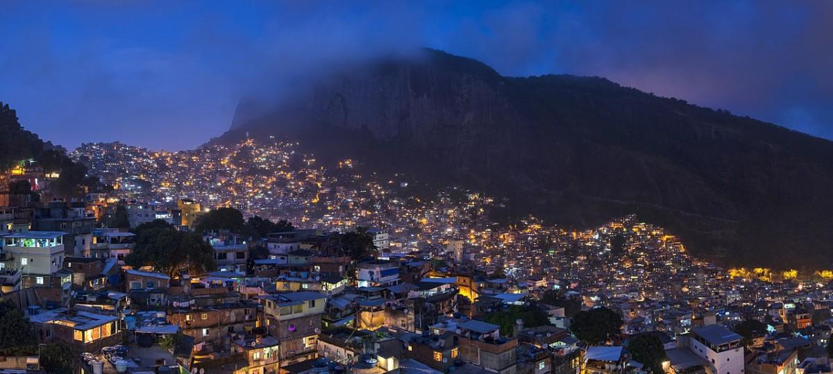Jornal Vida Brasil Texas Rocinha CRÔNICA - O GRANDE QUEBRA-CABEÇA CHAMADO BRASIL. Crônicas Destaques