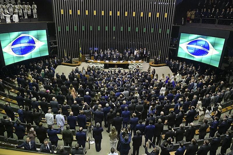 Jornal Vida Brasil Texas plenario CRÔNICA - O GRANDE QUEBRA-CABEÇA CHAMADO BRASIL. Crônicas Destaques